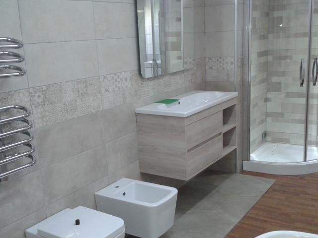 Arredo bagni Napoli  Offerte Farina ceramiche bagno completo